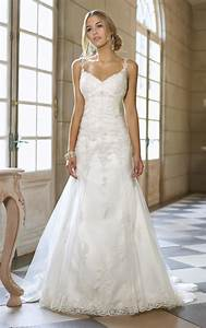 Spaghetti strap wedding dresses for subtle and sexy look for Spaghetti strap wedding dress