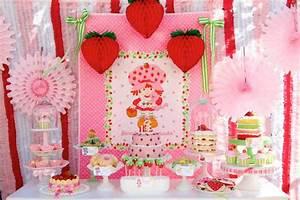 Deco Anniversaire 10 Ans : d co anniversaire fille 1 ans 10 id es originales pour organiser le 1er anniversaire de b b ~ Melissatoandfro.com Idées de Décoration