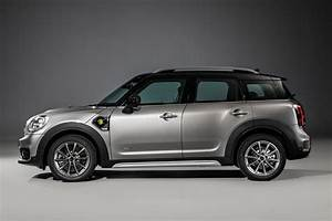 Mini Countryman S : new 2017 mini countryman is the biggest mini ever car magazine ~ Melissatoandfro.com Idées de Décoration
