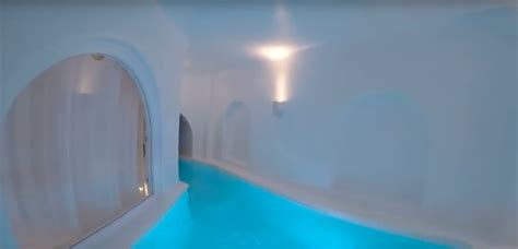 romantic suites  greece   hidden plunge