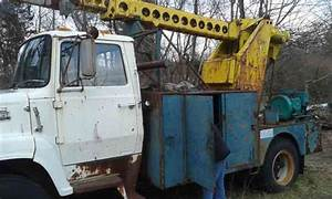 Ford F700  1985    Bucket    Boom Trucks