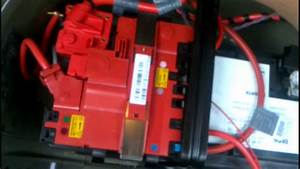 Bmw 5 Series F10 Battery Removal How To Diy  Bmtroubleu
