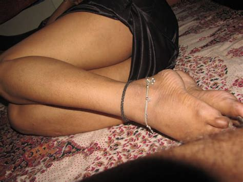 Indian Desi Aunty And bhabhi Nude photo bhaiya bhabhi