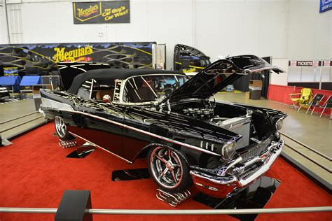 Of course there is plenty of ground level parking. Autorama | Dallas 2021 | CarBuff Network