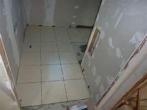 pose du carrelage sol wc et salle de bain dario67600 With poser du carrelage salle de bain