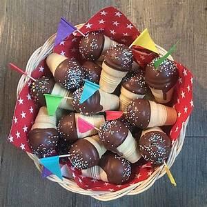 Kleine Kuchen Backen : kleine kuchen im waffelbecher waffelbecher kleiner kuchen und kuchen ~ Orissabook.com Haus und Dekorationen