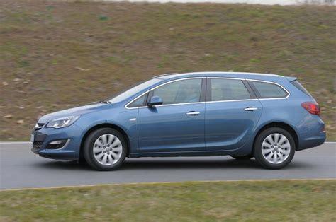 Opel Astra Sw by Prova Opel Astra Sports Tourer Scheda Tecnica Opinioni E