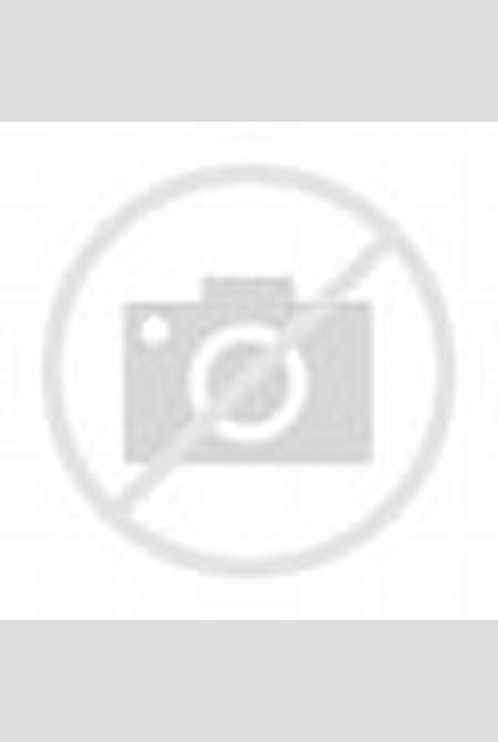 Four daring babes in black!!