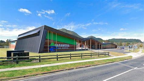 Tarawera High School in lockdown for hours | Stuff.co.nz