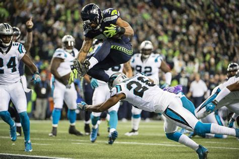 cigar thoughts game  seahawks lose earl thomas honor