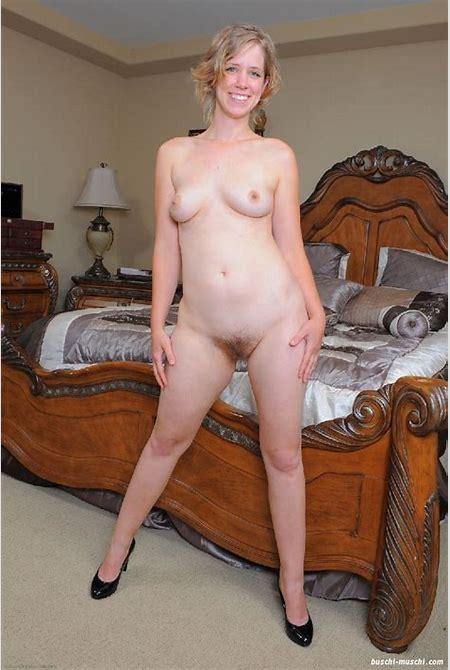 blonde Haare an der Muschi - 88 - Unrasierte Muschibilder
