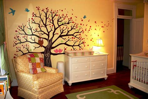 Ideas On Selecting The Neutral Baby Nursery Themes For