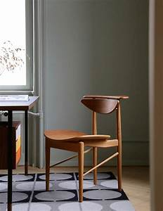 Reading, Chair, -, Objects