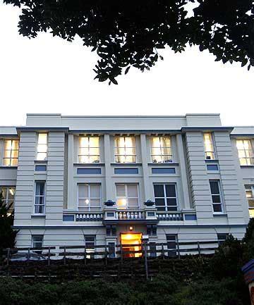 Quake risk shuts Wellington school block | Stuff.co.nz