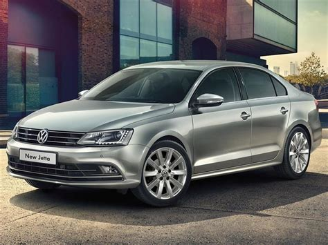 volkswagen vento  fsi advance summer package