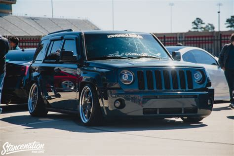 lowered jeep liberty slammed jeep pictures to pin on pinterest pinsdaddy