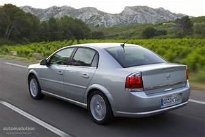 Opel Vectra Sedan Specs  U0026 Photos