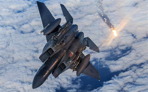 Air force while preserving the air superiority and homeland defense missions. SimpleRockets 2 | Boeing F15 Eagle