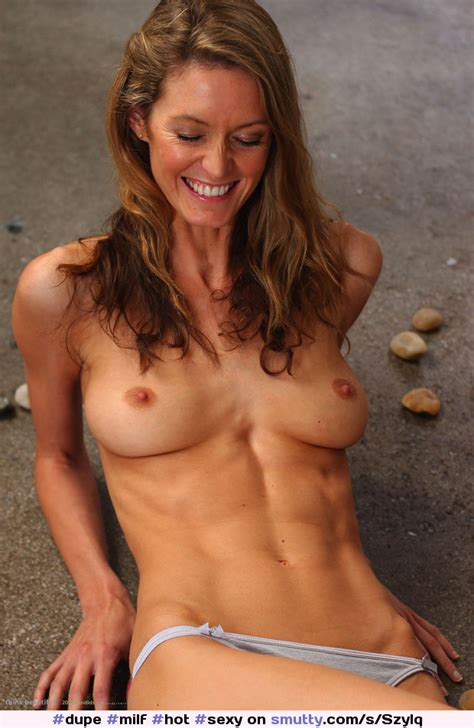 milf hot sexy smiling fit brunette erotic sensual abs flatstomach breasts tits nude