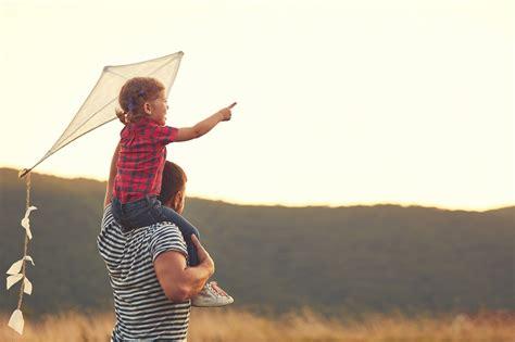 Tēva loma bērna attīstībā. Vai tu zini, kāda tā ir?