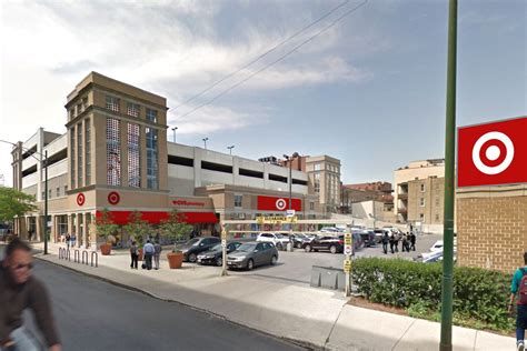 Store Chicago by Target Taking Former Lakeview Whole Foods Location On