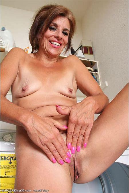 Nicole Newby - nic006014010074014