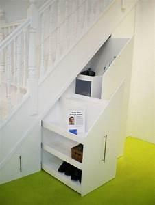 Schrank Unter Treppe Selber Bauen : schrank unter treppe 24 geschickte ideen haus best ~ Markanthonyermac.com Haus und Dekorationen