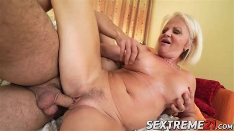 Sexy Blonde Granny Getting Anal And Pussy Railing Hard