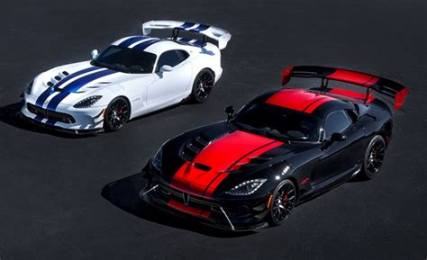 Honor The Dodge Viper's Death With These Five 2017 Special