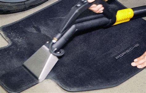 nettoyage siege auto vapeur le nettoyage automobile avec un nettoyeur vapeur dupray