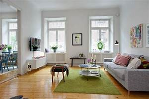 Bright and colorful 80 square meters apartment