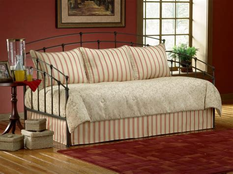 daybed comforter sets 20 facts to consider before buying brown daybed bedding