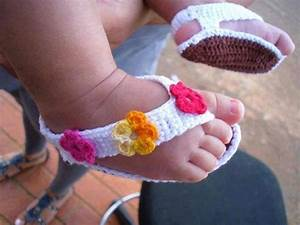 DIY Barefoot Baby Sandals - Do-It-Yourself Fun Ideas