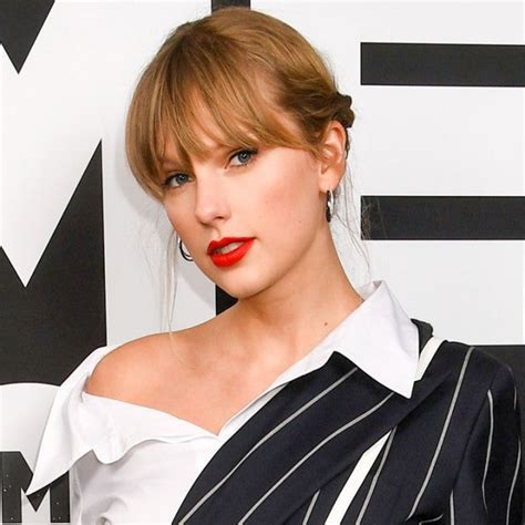 Taylor Swift - Exclusive Interviews, Pictures & More ...