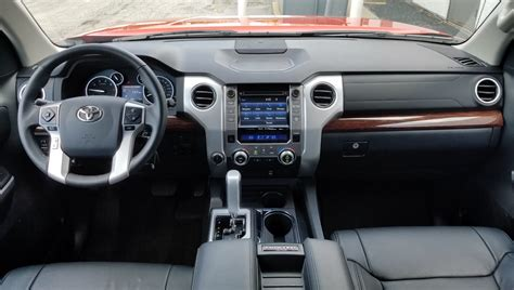 toyota tundra  daily drive consumer guide