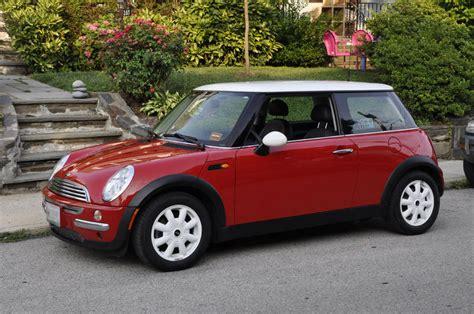 fs  chili red mini cooper   miles excellent condition north american motoring