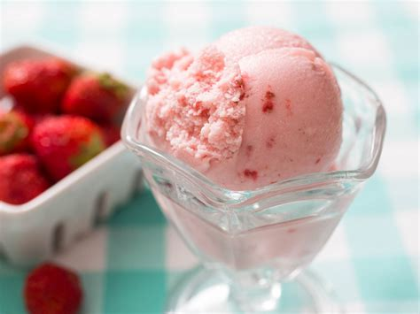 trouble  strawberry ice cream   nail