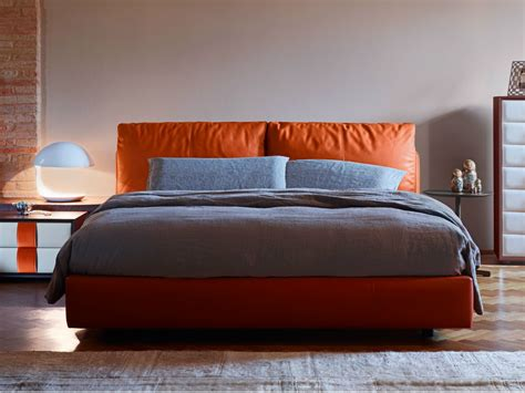 Double Bed Massimosistema Bed By Poltrona Frau