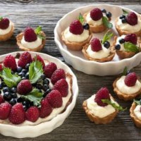 easy fruit pie recipes berry easy to make fruit tart recipe just a pinch recipes