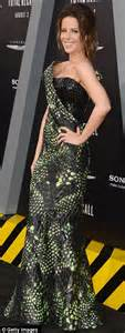 Kate Beckinsale snaps up the limelight in dramatic ...