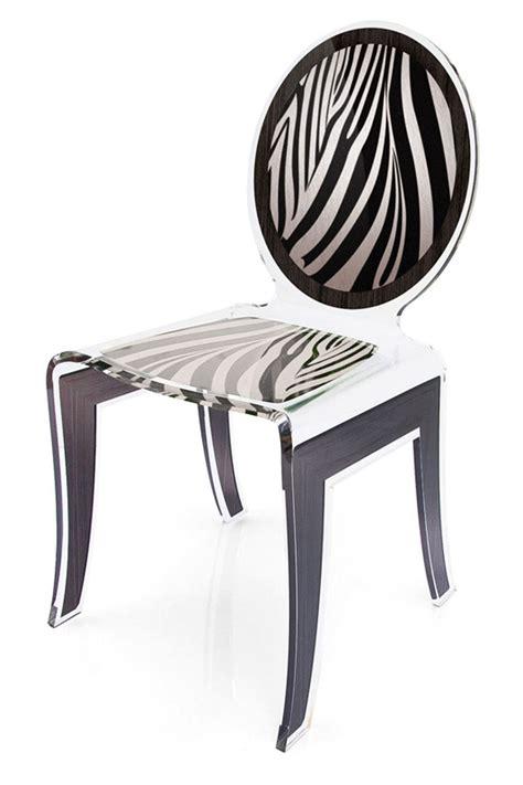 chaise zebre chaise médaillon plexiglas zèbre motif blanc et noir