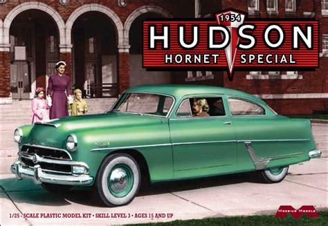 1954 Hudson Hornet Special 1:25 from Moebius Models