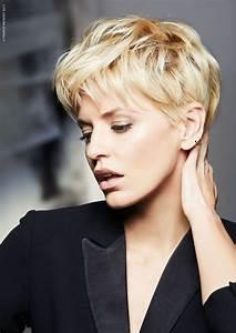 Coupe Femme Courte Blonde : cheveux les 60 coupes tendance automne hiver 2017 18 page 11 closer ~ Carolinahurricanesstore.com Idées de Décoration
