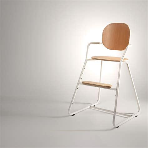 chaise haute bébé design chaise haute évolutive bébé tibu blanche crane