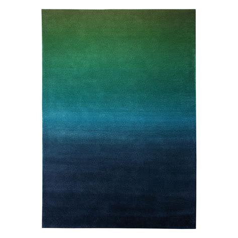 tapis bleu beautiful tapis chambre bebe bleu pictures