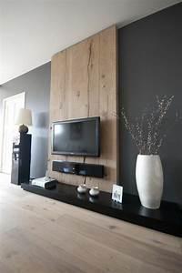 Graue Wand Wohnzimmer : 43 super designs von wandpaneel aus holz ~ Indierocktalk.com Haus und Dekorationen