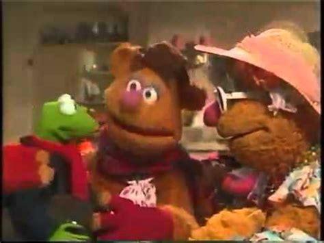 muppet family christmas   youtube