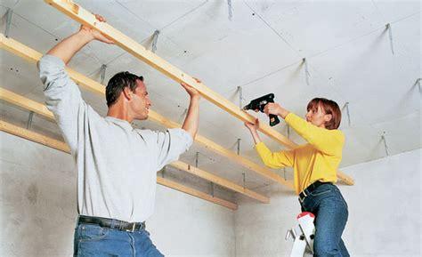 Zimmerdecke Daemmen Moeglichkeiten Im Trockenbau by Trockenbau Decke Abh 228 Ngen Selbst De