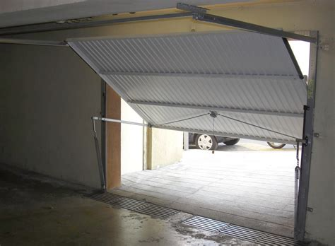 doors motors fabricant et distributeur de porte de