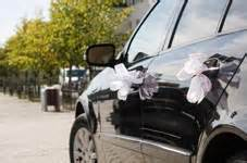 decoration voiture cortege mariage la décoration des voitures des invités bonheur et compagnie by monfairepart